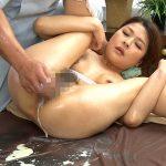 美人奥様が肛門に媚薬注入されて糞汁を撒き散らず痙攣スカトロエステSEX動画